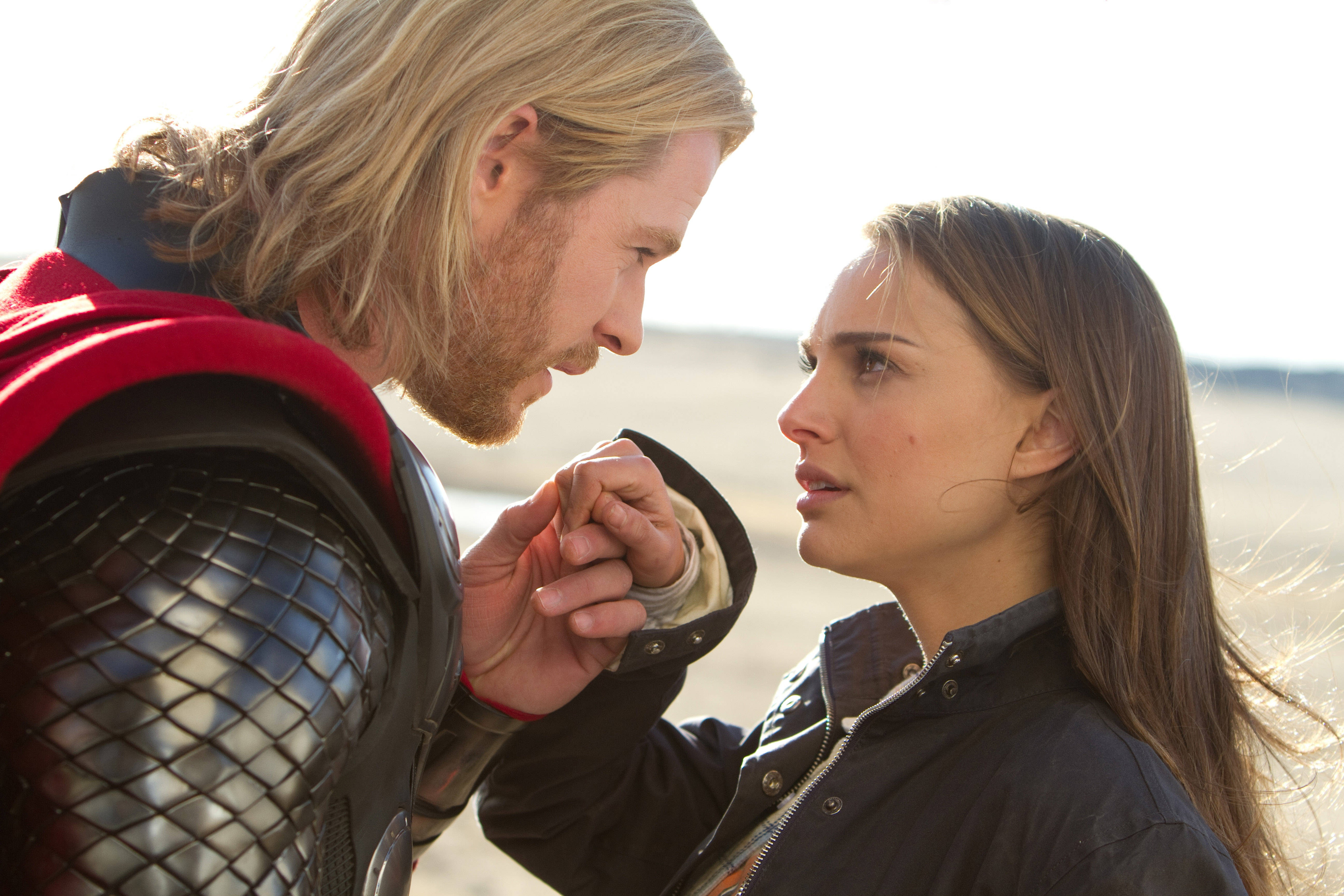 http://static2.wikia.nocookie.net/__cb20131119211749/disney/images/8/8a/ThorJane-Thor.jpg