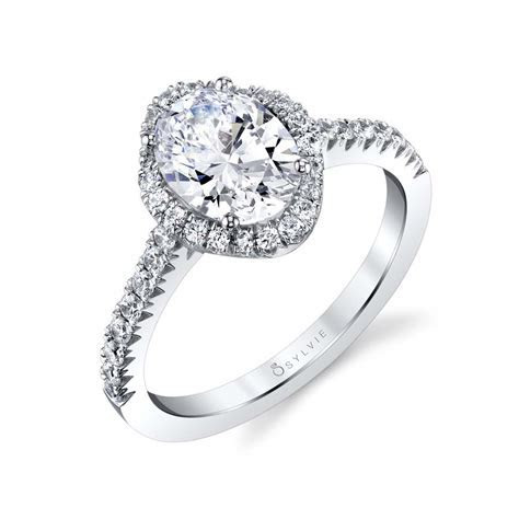 Aaliyah   Oval Engagement Ring with Halo   Sylvie
