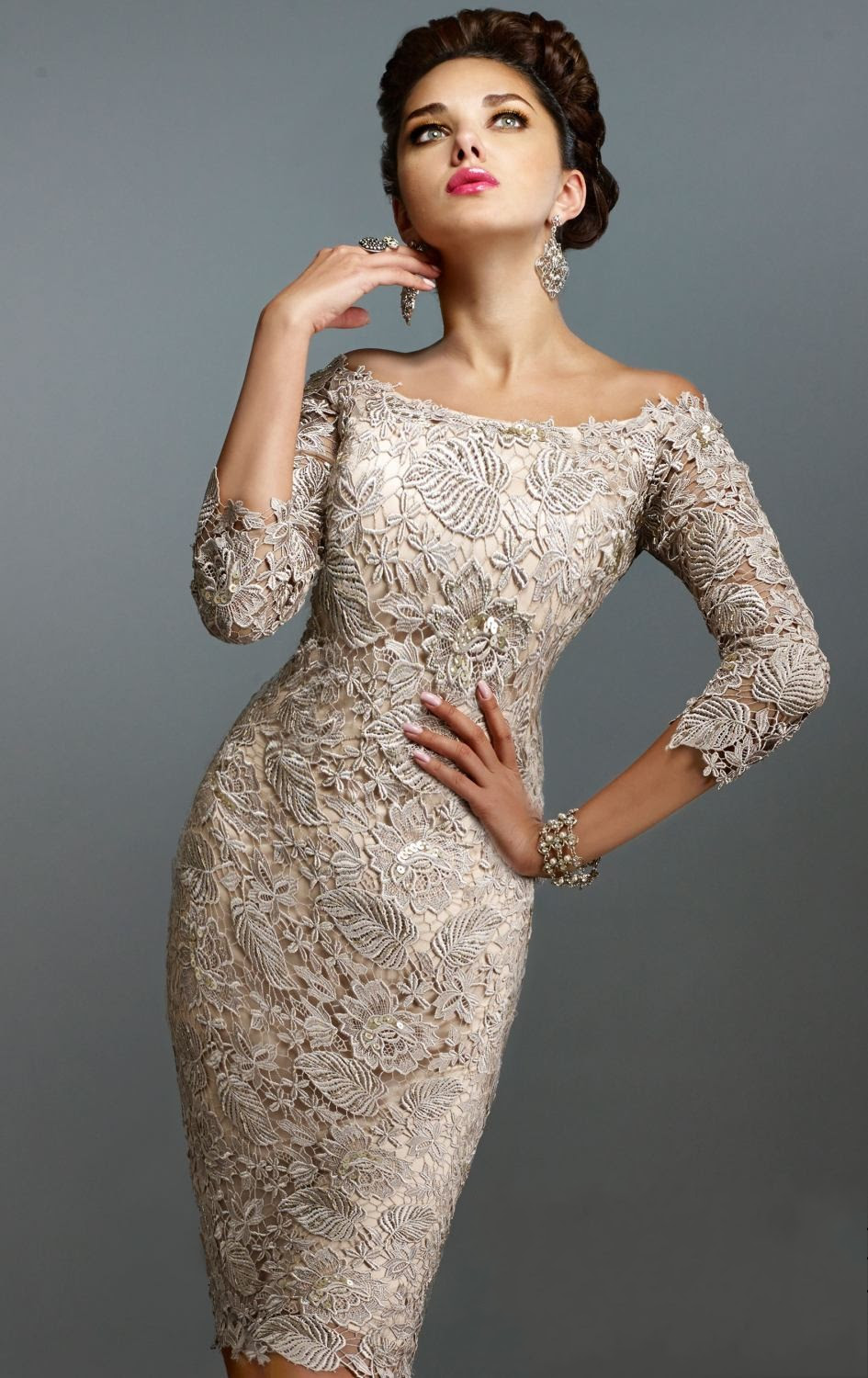 2016 Elegant Sheath 3 4 Long Sleeve Evening Dress Knee Length Champagne Lace Mother of The