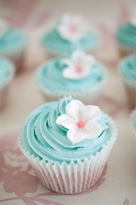 25  best ideas about Tiffany cupcakes on Pinterest