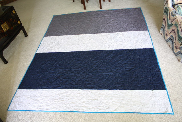 Colorblock back on zig-zag quilt