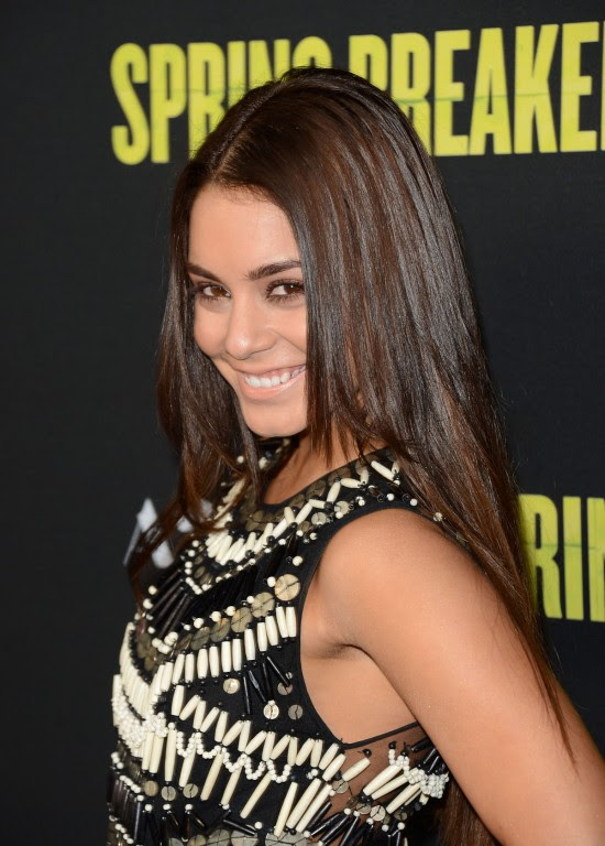 Vanessa-Hudgens-at-Spring-Breakers-Premiere-in-Los-Angeles-Pictures-Photos-2