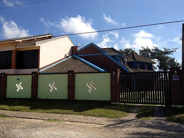Casa do tráfico em Imbé, no litoral do RS (Foto: Fabio Almeida/RBS TV)