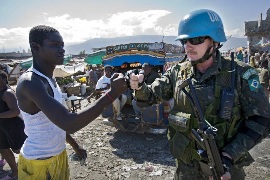 http://images.lpcdn.ca/924x615/200712/14/245652-casques-bleus-lonu-presents-haiti.jpg
