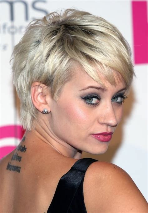 hairstyling tips  women   short pixie haircut