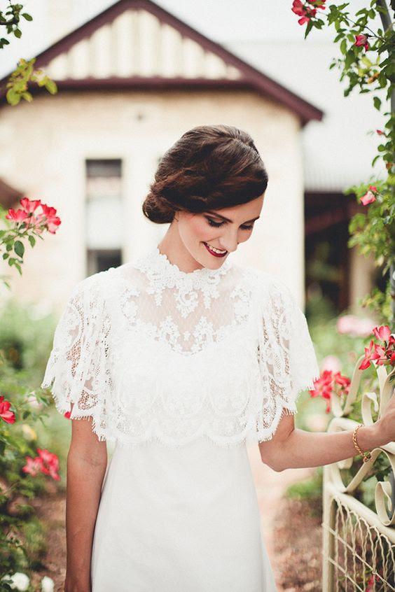 ein vintage lace cape markieren Sie Ihre einfaches Kleid und machen es zu spielen, die in neuen Farben