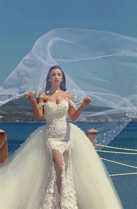 Mermaid Off the Shoulder Lace Wedding Dress New Arrival