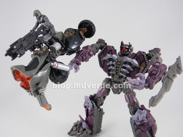 Transformers Backfire DotM Human Alliance - modo arma MechTech con Shockwave