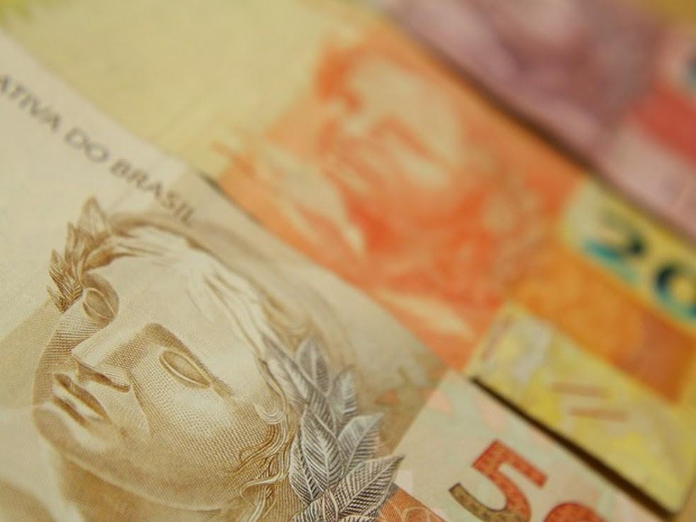 Comerciantes poderão oferecer desconto para quem pagar à vista em dinheiro, por exemplo. (Foto: Marcos Santos/USP Imagens)