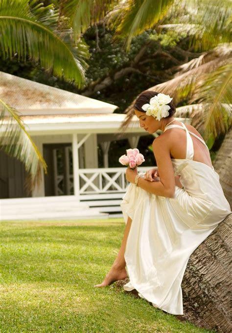 Weddings ? White Sandy Beach ? Gardens ? Kualoa Ranch