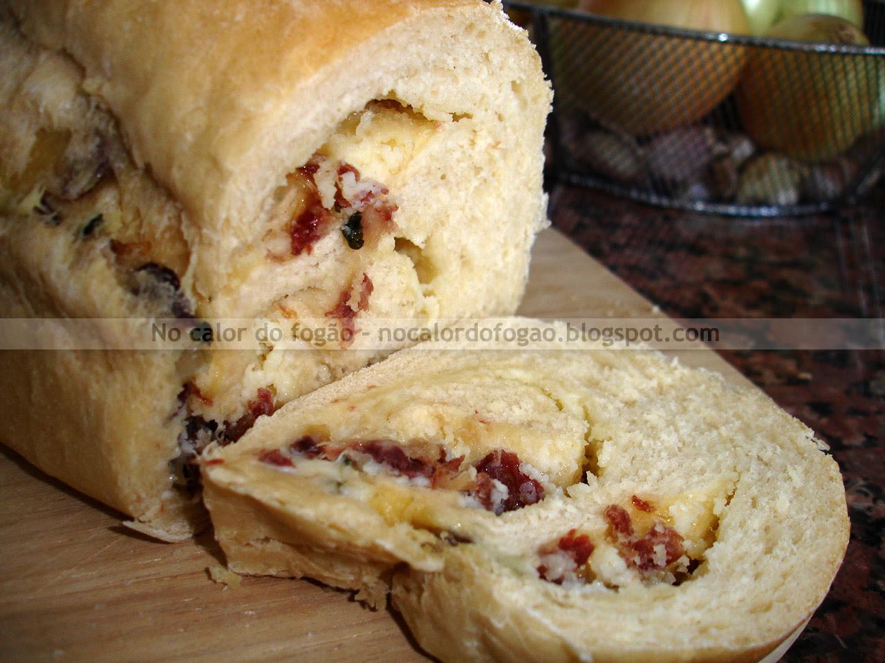 Pão de escondidinho cortado