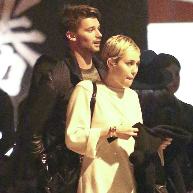 Miley Cyrus e Patrick (Foto: The Grosby Group)