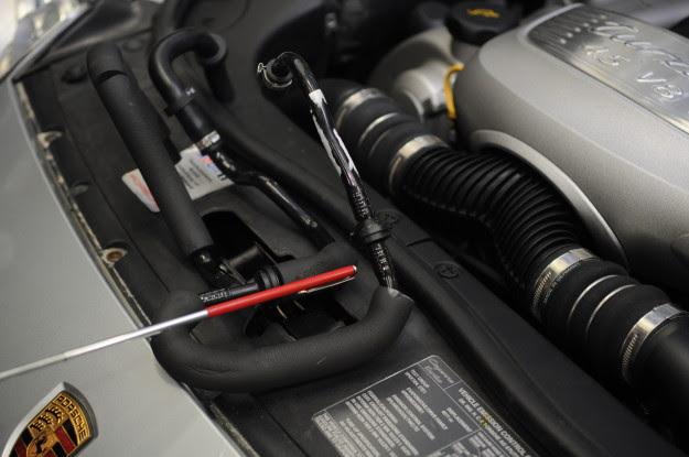 2005 Turbo Cayenne Brake Booster Fault Car Repair