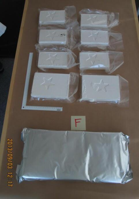 BESLAG: Dette er noe av kokainen som ble beslaglagt av politiet i Gøteborg. Narkotikaen var på vei til Norge. FOTO: POLITIET / /
