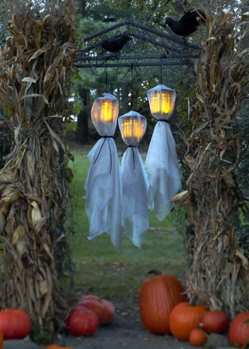 Halloween Decorating Ideas | Scary Halloween Decorating Ideas | Halloween Activity Site