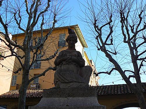 statue menton