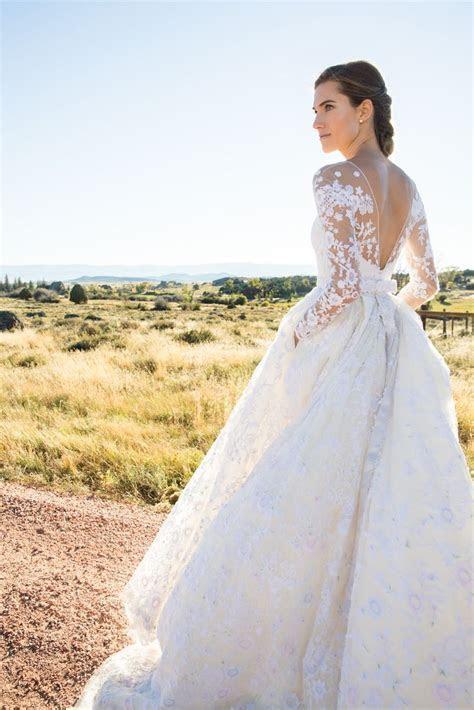 The beautiful Allison Williams in a custom Oscar de la