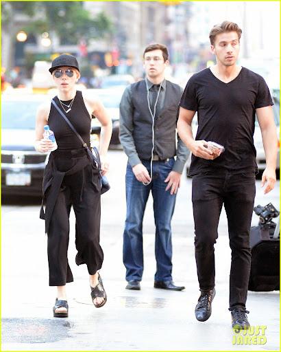 Scarlett Johansson Brother