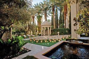 5 Favorites: Garden Wedding Venues in Las Vegas » Little