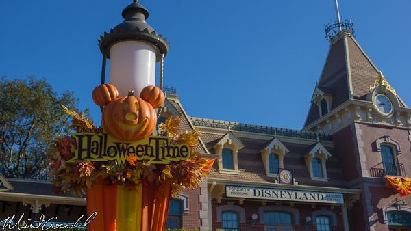 Disneyland Resort, Disneyland, Main Street U.S.A., Halloween, Time