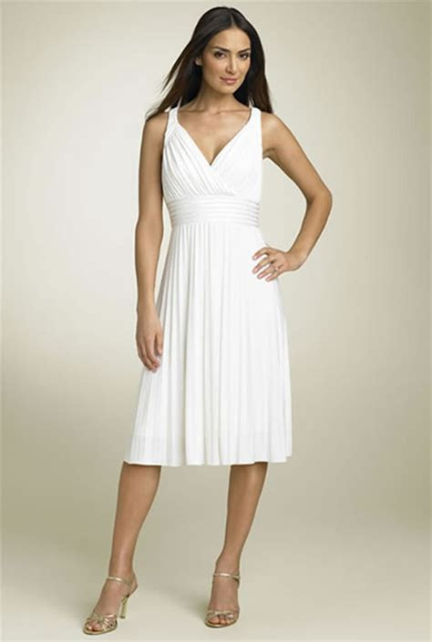 Informal Short Wedding Dresses   Styles of Wedding Dresses