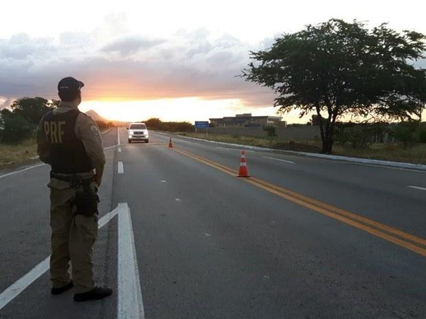 PRF aumentou número de agentes em ações de fiscalização nas estradas federais do RN (Foto: Divulgação/ PRF)