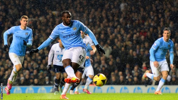 Yaya Toure scores for Manchester City