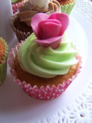 Lime green, hot pink and chocolate wedding cupcakes   Flickr