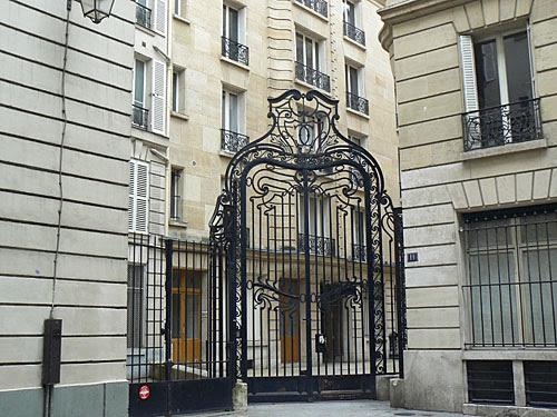 entrée du 11 rue des Archives.jpg