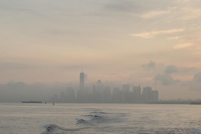 Manhattan skyline, New York, from the Staten Island Ferry. Photo by Camilo J. Vergara, 2016. //hdl.loc.gov/loc.pnp/vrg.00446