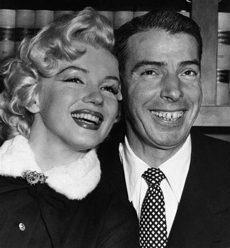 A Look Back At Marilyn Monroe And Joe DiMaggio's Wedding