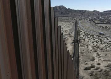 Mexican migrant kills himself after being deported from the US