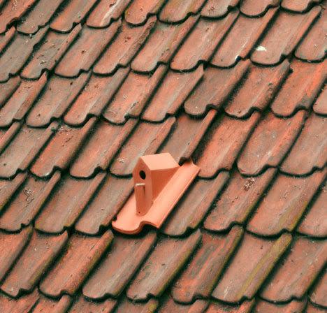 Birdhouse roofing tiles by Klaas Kuiken