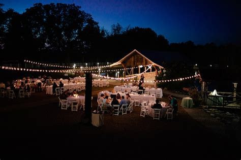 Navigating the Fine Print of Your Wedding Venue Rental