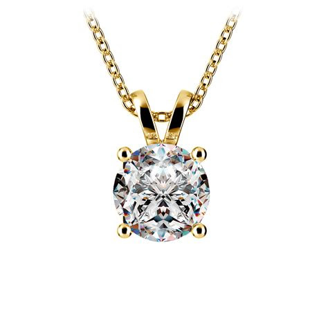 pear diamond solitaire pendant  yellow gold  ctw