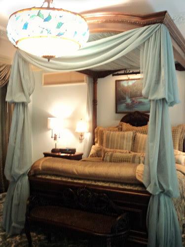 Disney Dream Suite -- master bedroom