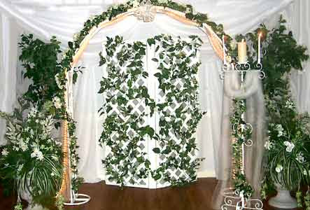 Ferns And Petals Wedding Decorations