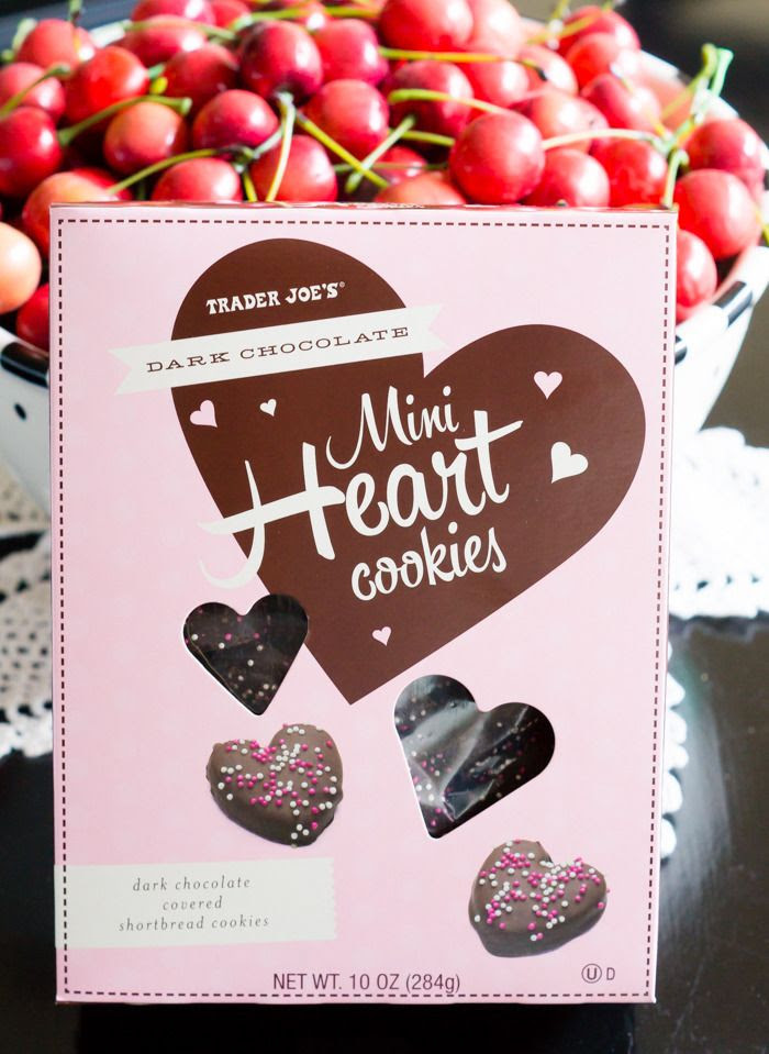 trader joe's mini heart cookies review : part of a weekly review series of tj's desserts and treats