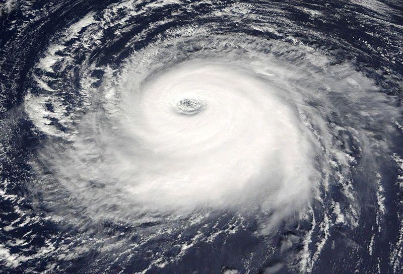 http://iwandahnial.files.wordpress.com/2008/09/hurricane_kate1.jpg