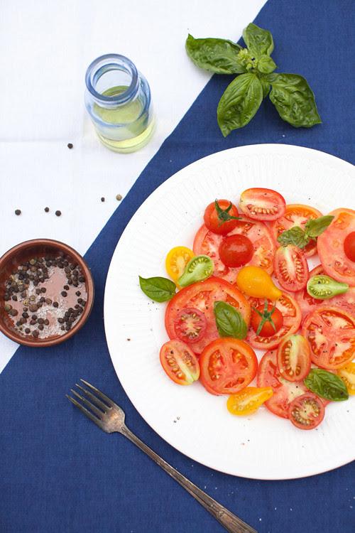 2_Tomato_Salad