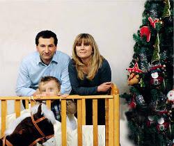Don Sante, Tamara e il loro figlio