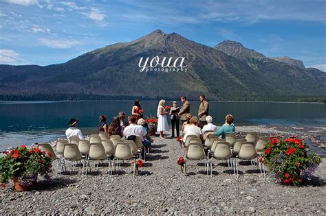 Montana. Abi & Lucas Wedding ? The Lake McDonald Lodge