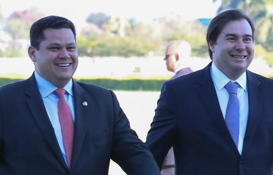 Davi Alcolumbre, Presidente do Senado e Rodrigo Maia, Presidente da Câmara dos Deputados   Foto: Marcos Corrêa/PR
