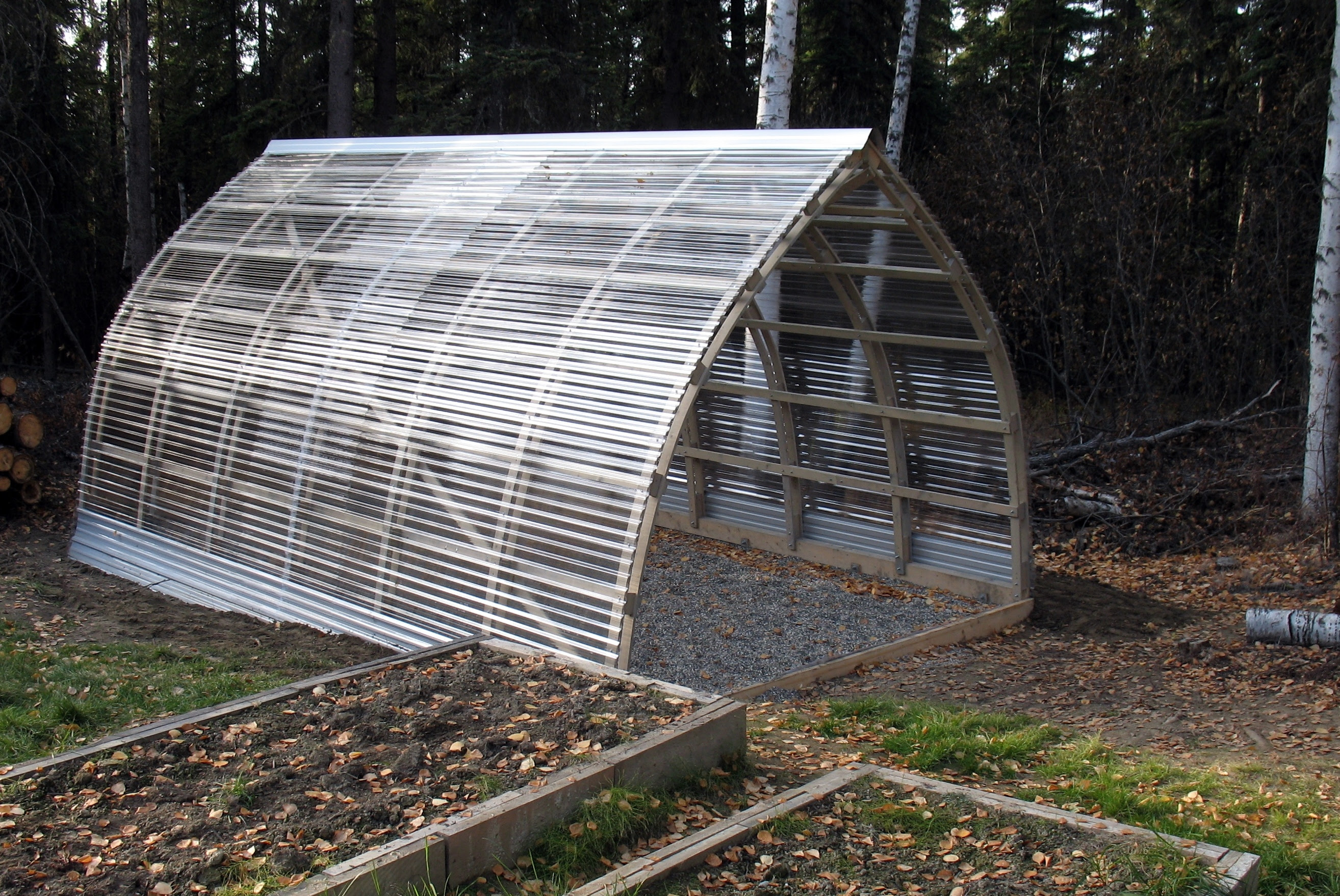 Green House With Polycarbonate Roof Panels