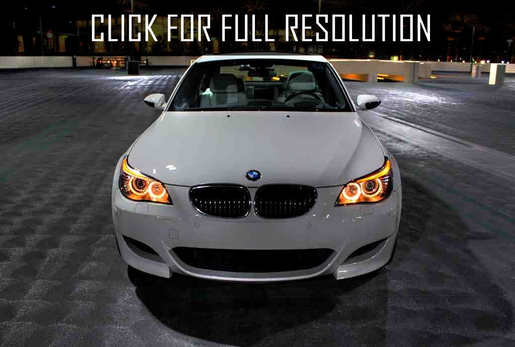 Bmw E60 M5 Angel Eyes