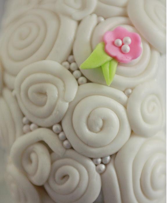 lamb cake detail