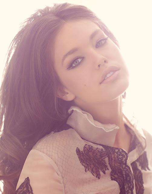 knightcat, head shot, fabulous, fashion, lace, elegant