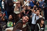 Estudiantes protestan contra los abusos policiacos el 1 de diciembre. Foto: Germán Canseco