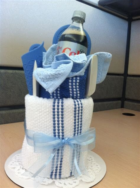 1000  images about Towel Cakes on Pinterest   Wedding