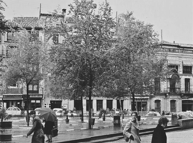 Circuito de karts en la Plaza de Zocodover en 1976. Fotografía de John Fyfe